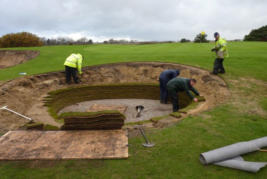 How to construct a revetted bunker | European Golf Design